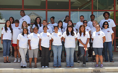 Group photo of the 2008 EOP students.