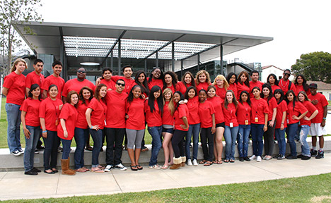 Group photo of the 2010 EOP students.