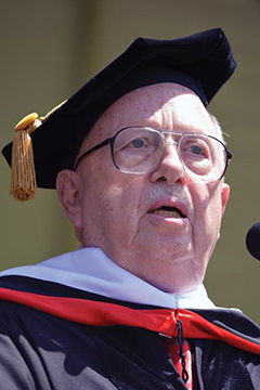 Lou Cannon receives honorary degree