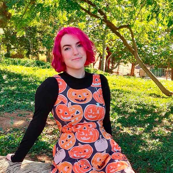 Alumna Chloe L'Ecuyer