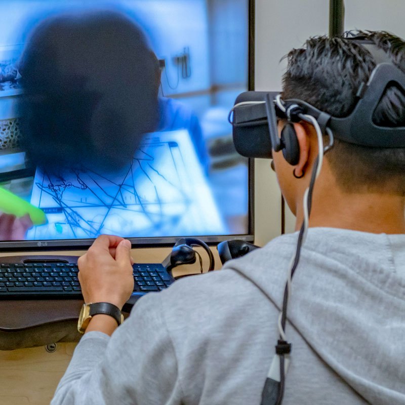 Student using VR in the FIT Studio