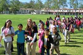 Photo of students on a tour of CI.